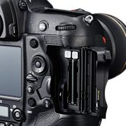 Nikon-D5-208-MP-FX-Format-Digital-SLR-Camera-Body-CF-Version-0